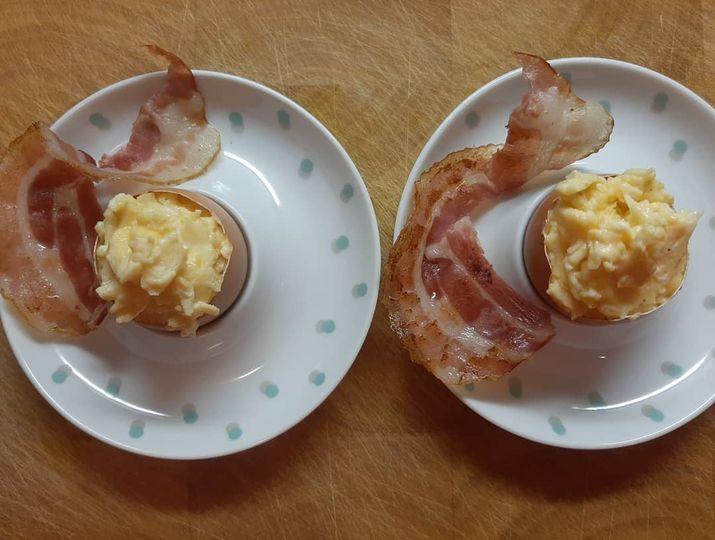 Bed & Breakfast De Luthiers Dordrecht Ontbijt ei en spek
